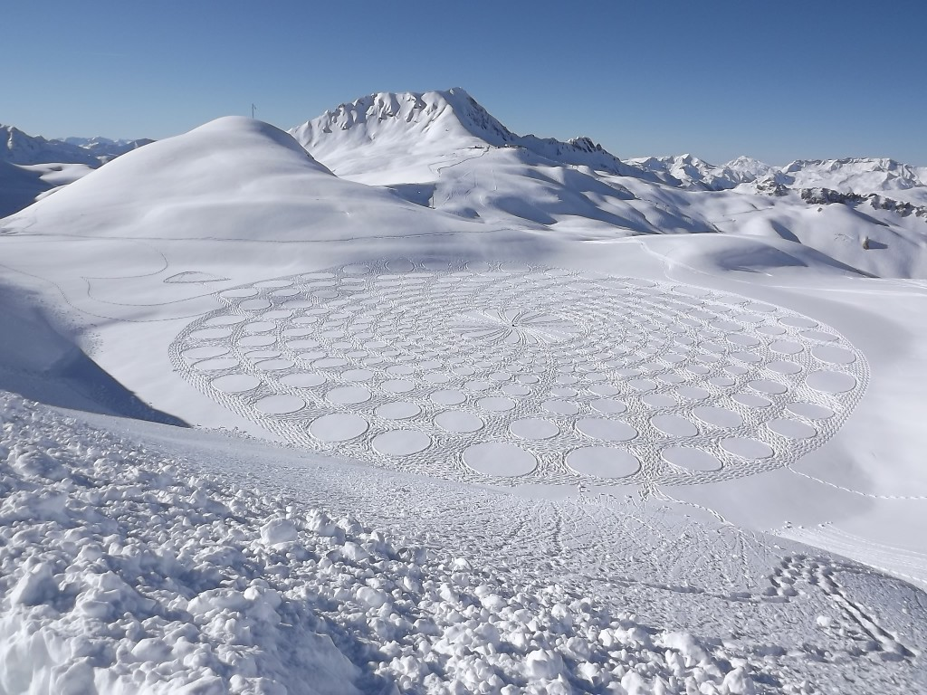 Another of Beck's designs — a swirl of circles in flat snow