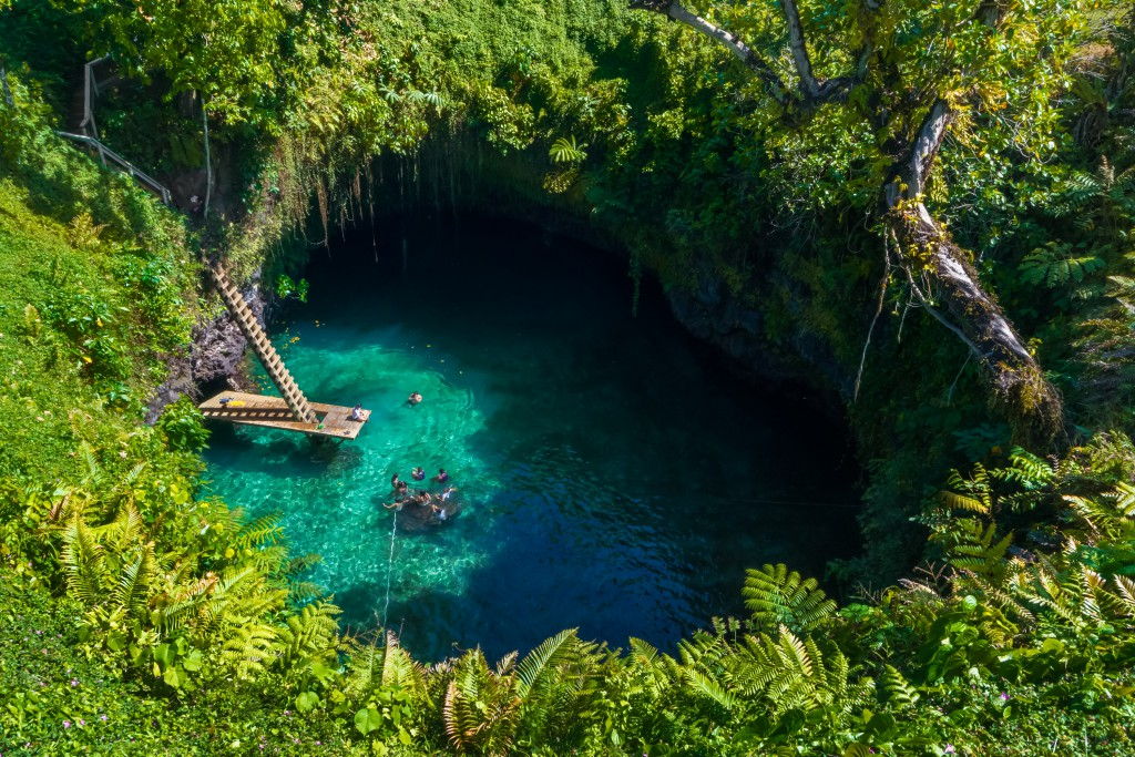 To Sua, a lagoon connected to the ocean via an underwater passage, Samoa