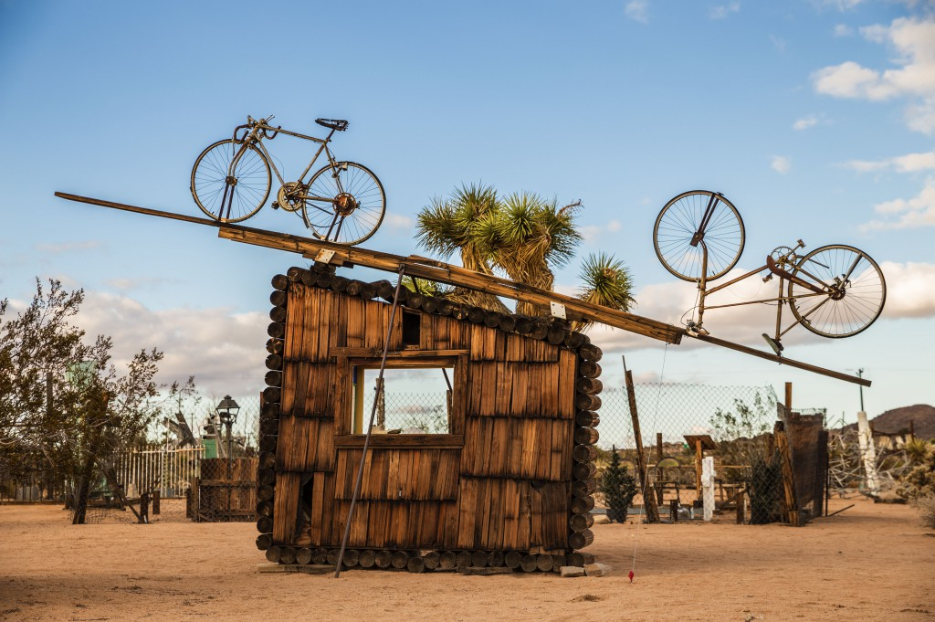 Noah Purifoy. No Contest (bicycles), 1991. Assemblage Sculpture. 427 x 640 x 61 centimetres. © Noah Purifoy Foundation. Photo © Fredrick Nilsen Joshua Tree, California