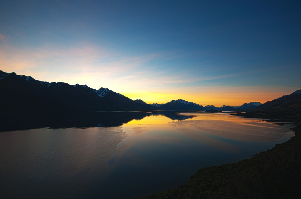 Lake Wakatipu at dawn. Photo by Robin Kamp