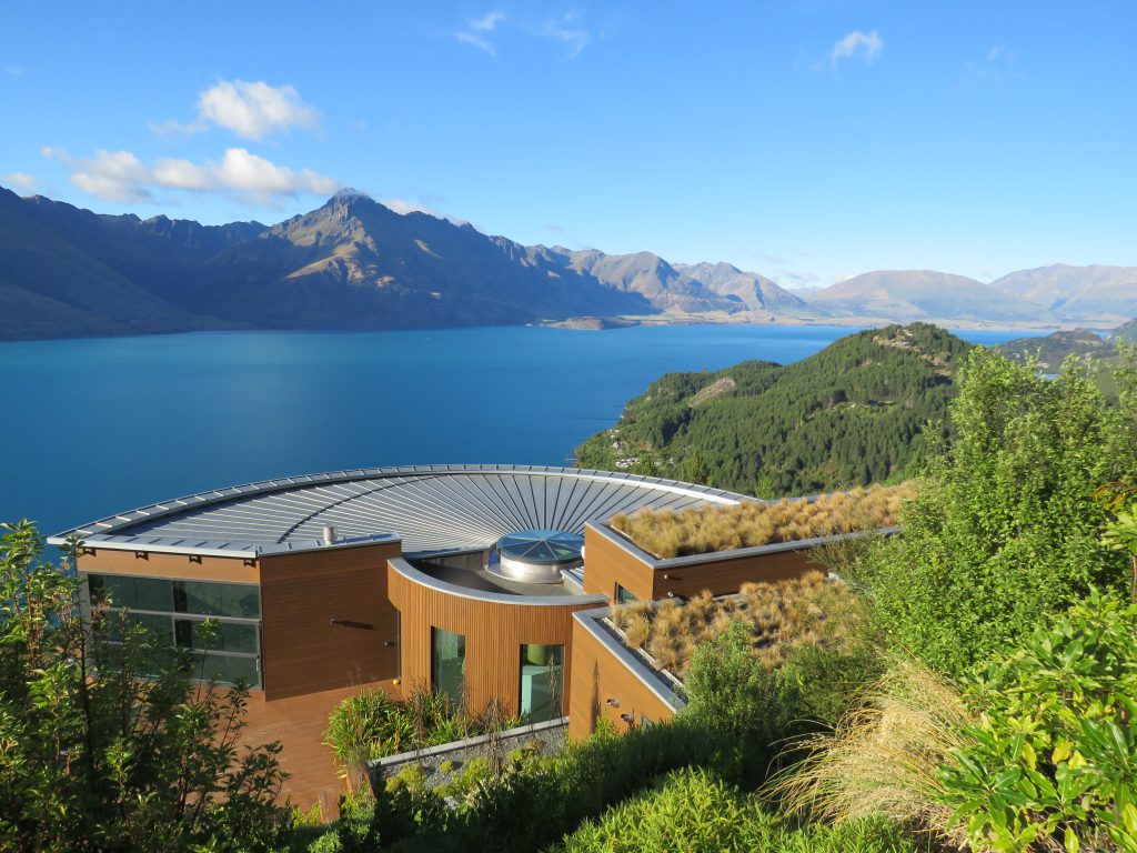 The guest house overlooking Lake Wakatipu
