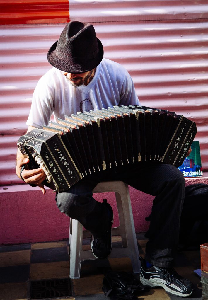 Mingo Domingo is a bandoneonista in the Caminita in La Boca. Mingo is passionate about tango and works each day to bring knowledge of tango to the visitors to La Boca with the quintessential tango instrument — the bandoneon.