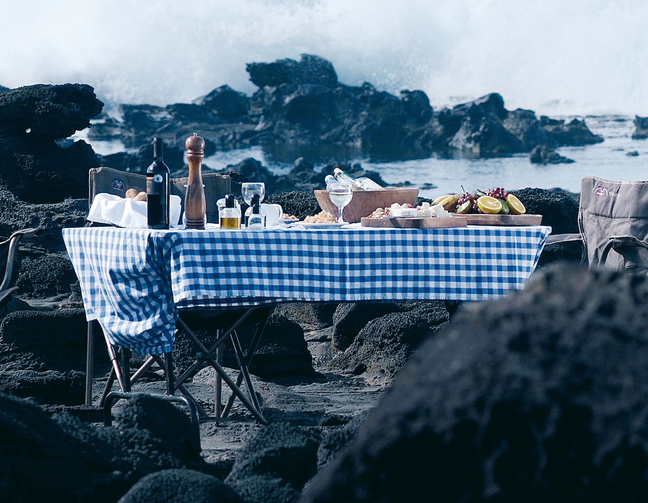 A picnic on Easter Island, Remote Islands
