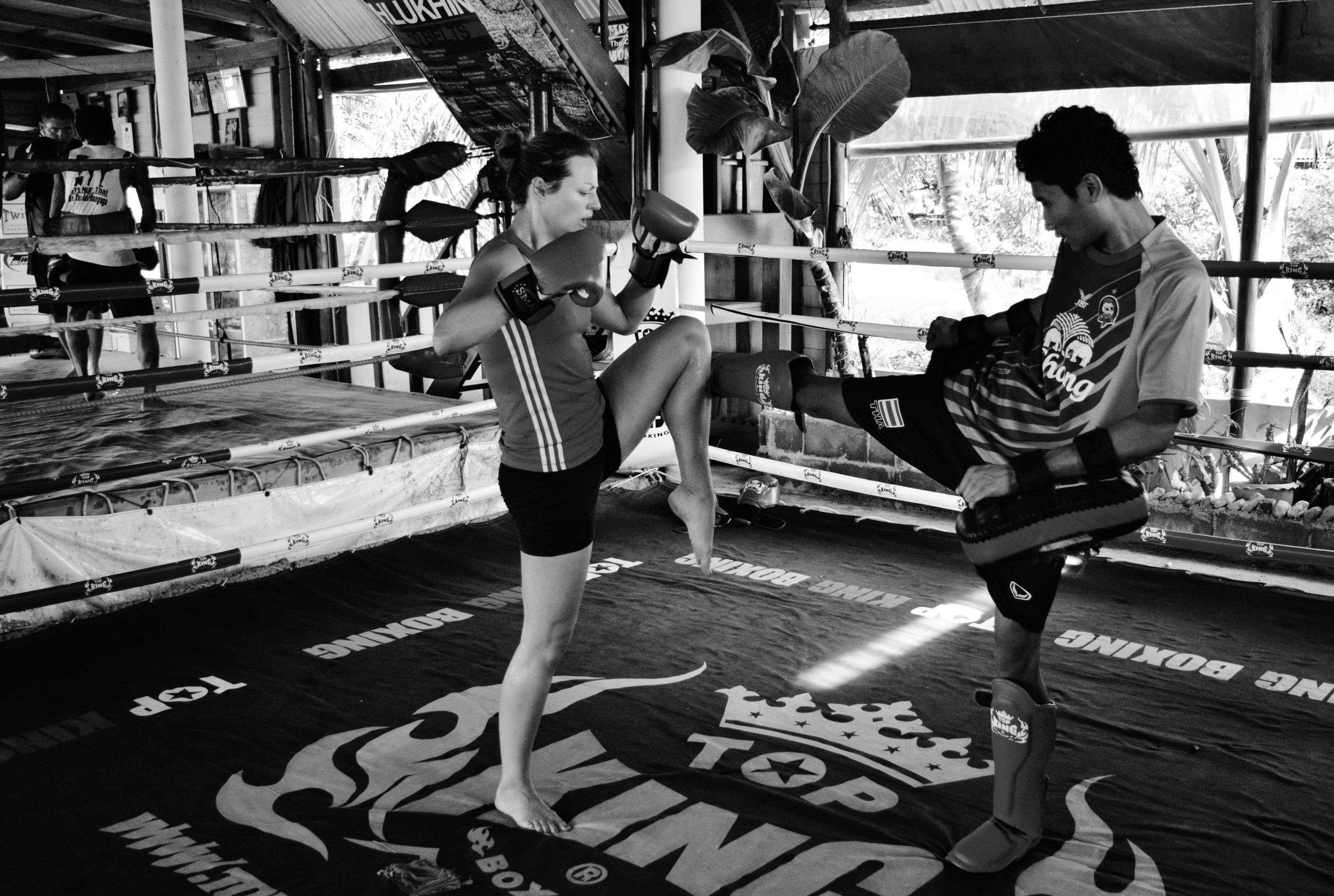 Nicole kickboxing in Muay Thai, Thailand