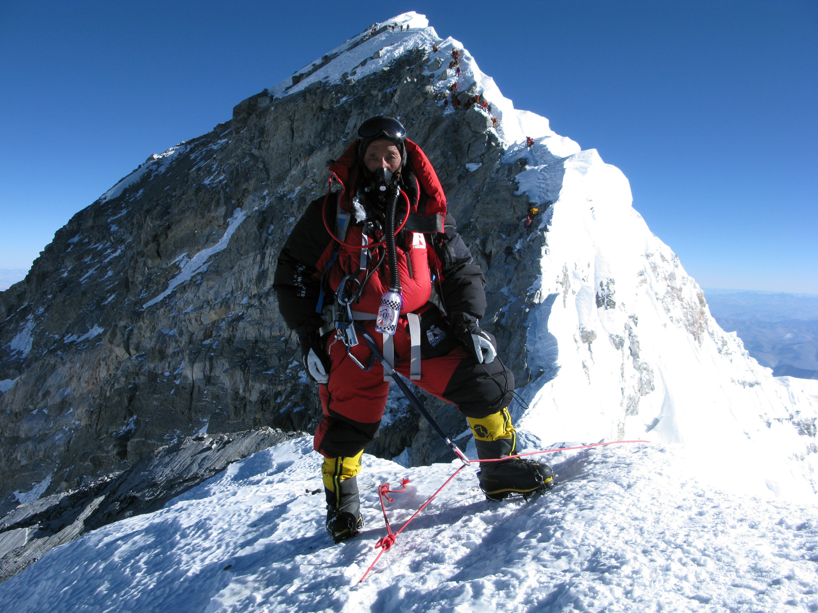 Apa Sherpa in mountaineering gear just below the peak of Mt Everest.