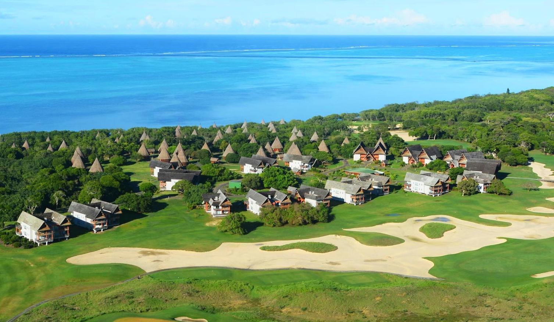 Le Méridien Île des Pins and the Sheraton Deva Resort & Spa