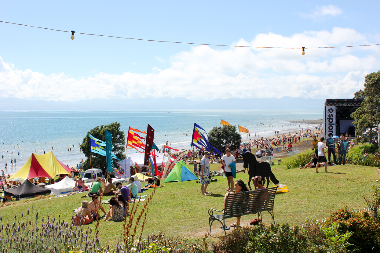 Splore flags in front of the beach