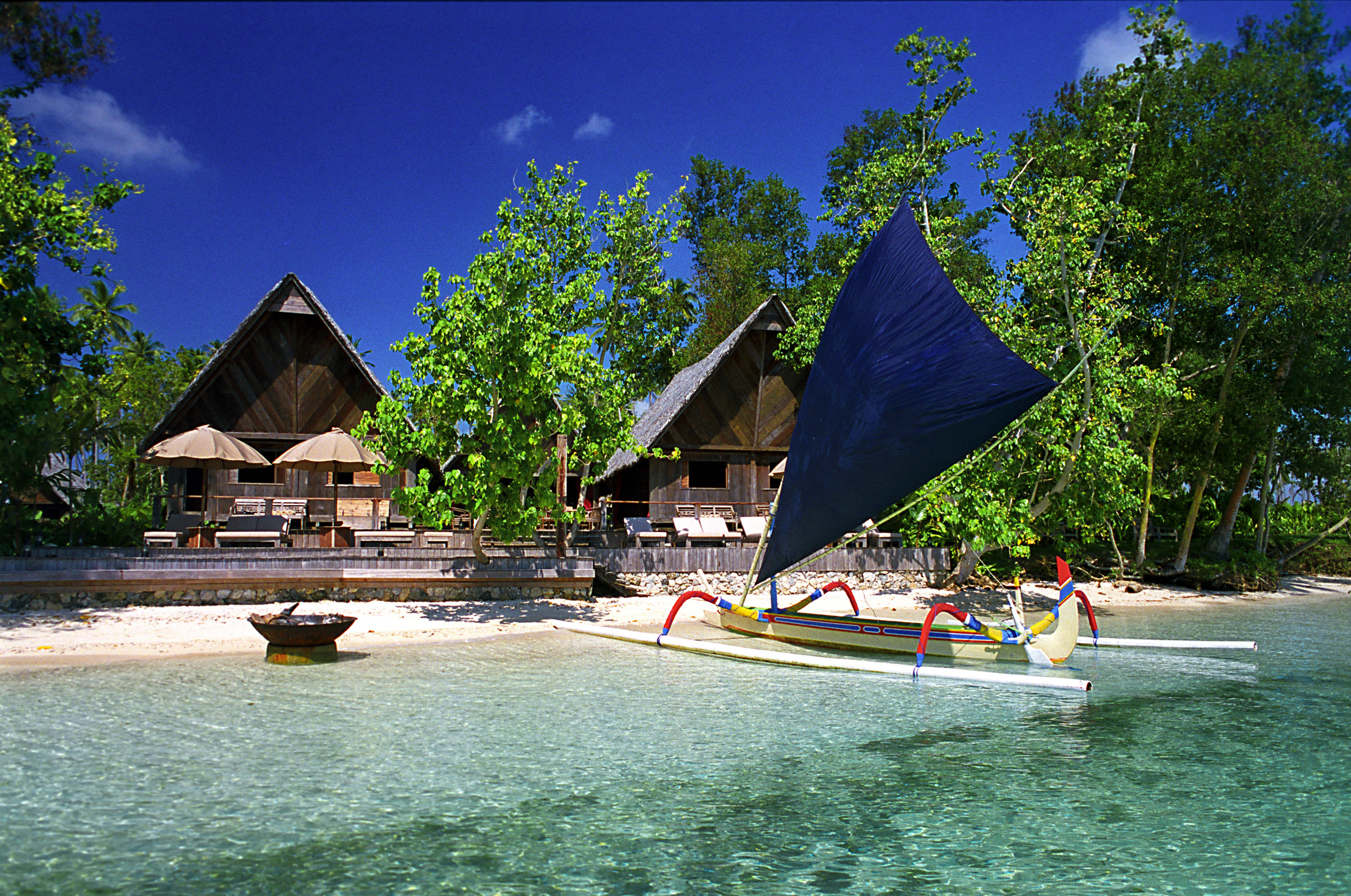 The Yacht Club, Ratua Private Island