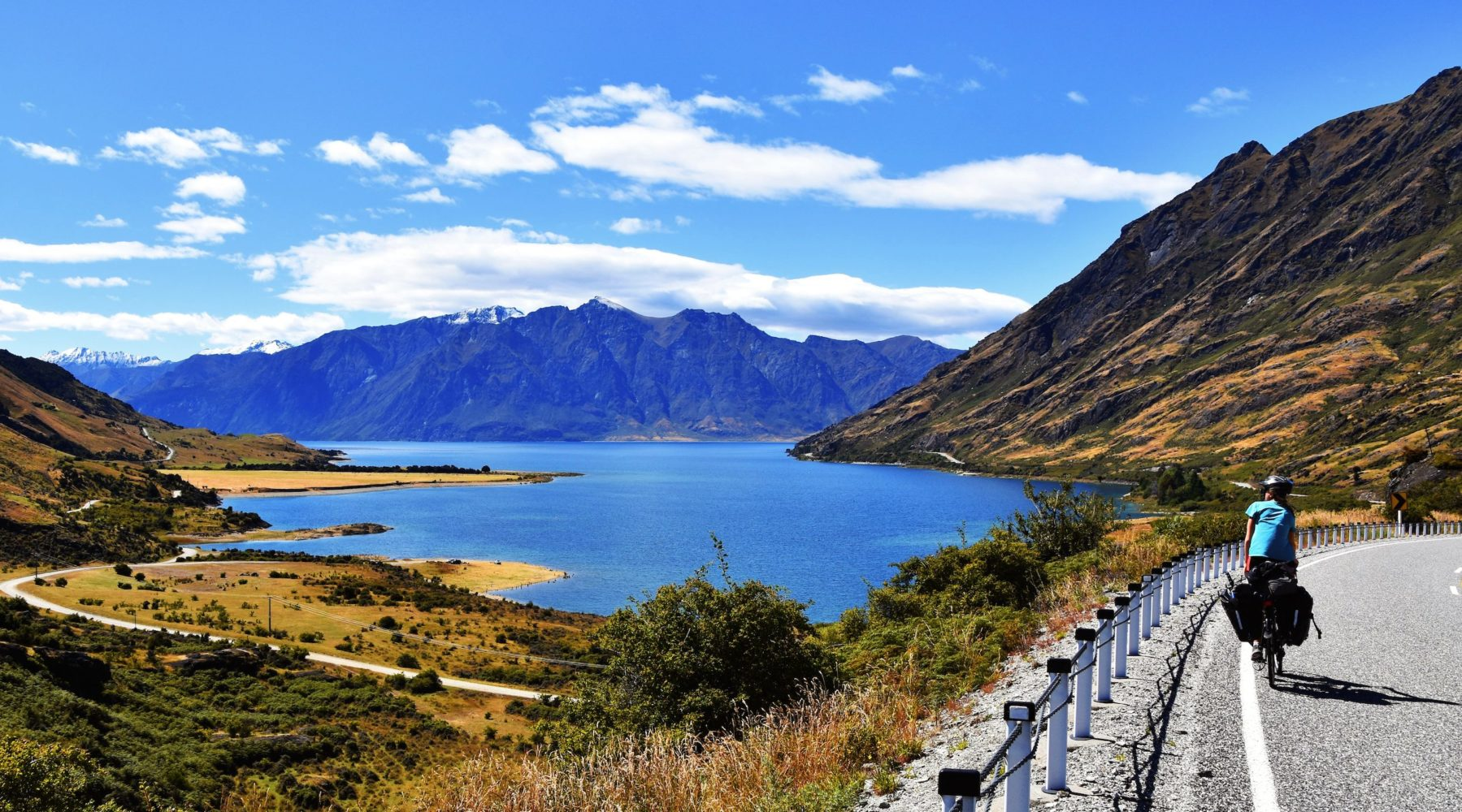 4 Ways to Explore New Zealand's South Island by Bicycle