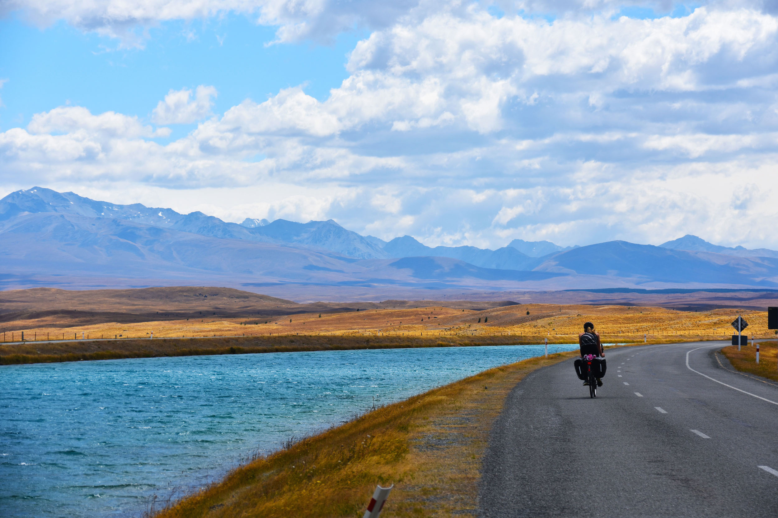 Cycling the Tekapo Canal Road alongside Lake Pukaki.